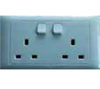 K813SDA-WH-D 13A 2 GANG SWITCHED SOCKET